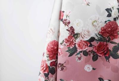 Tessuto colorato per abito donna